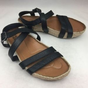 EARTH SHOE Kalso Enlighten Black Leather Sandals